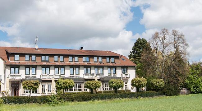 Hotel Landhaus Seela - Braunschweig - Building