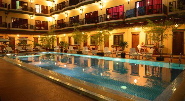 Grand Sihanouk Ville Hotel - Sihanoukville - Building
