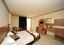 Happy Elegant Hotel - Alanya - Bedroom