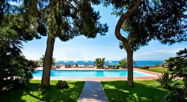 Grand Hotel Baia Verde - Aci Castello - Building