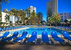Hotel Servigroup Pueblo Benidorm - Benidorm - Pool