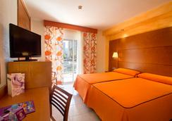 Hotel Servigroup Diplomatic - Benidorm - Bedroom