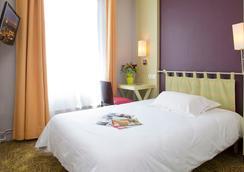 Hotel Montparnasse Alesia - Paris - Bedroom