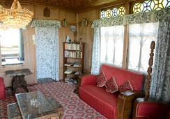 Houseboat Zaindari Palace - Srinagar - Lobby