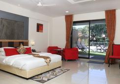 Anando Palms Resort - Nasik - Bedroom