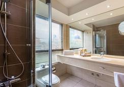Hotel Plaza El Bosque Ebro - Santiago - Bathroom