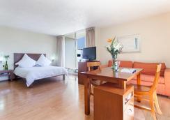Exe Suites San Marino - Mexico City - Bedroom