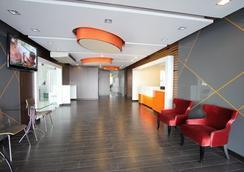 14 Living - Bangkok - Lobby