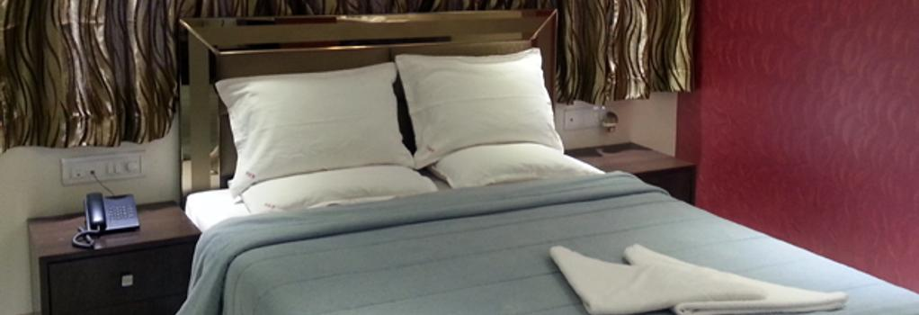 Hotel Kamran Residency - Mumbai - Bedroom