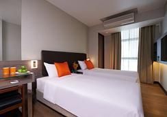 Aqueen Jalan Besar Hotel - Singapore - Bedroom