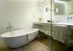 Mercer Hotel Barcelona - Barcelona - Bathroom