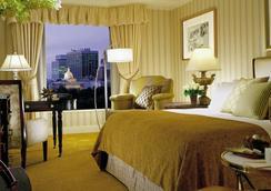 Four Seasons Hotel Boston - Boston - Bedroom