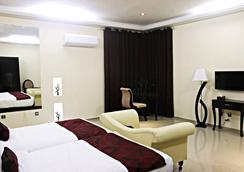 Grand Enclave - Lahore - Bedroom