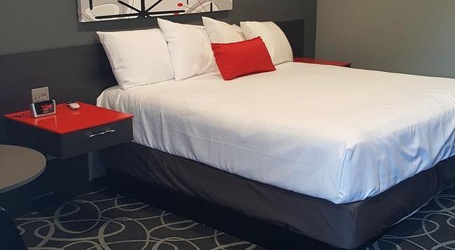 Astro Pasadena Hotel - Pasadena - Bedroom