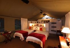 Elephant Valley Lodge - Kasane - Bedroom