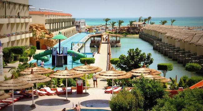 Panorama Bungalows Aqua Park Hurghada - Hurghada - Beach