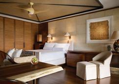 Four Seasons Resort Lanai - Lanai City - Bedroom