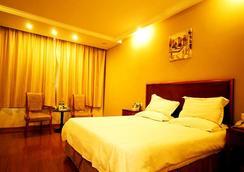 Greentree Inn Jiujiang Binjiang Road Express Hotel - Jiujiang - Bedroom