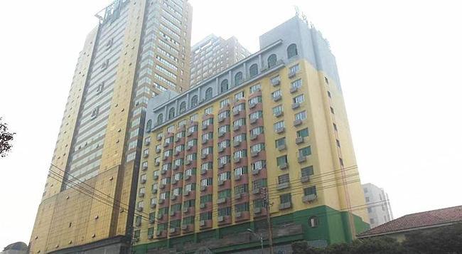 Greentree Inn Nanchang Railway Station - Nanchang - Building