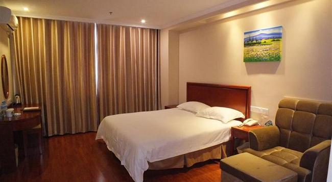 Greentree Inn Jiangsu Xuzhou High Speed Railway Zhanqian Square Business Hotel - Xuzhou - Bedroom