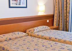 Hotel Playasol Mare Nostrum - Ibiza - Bedroom