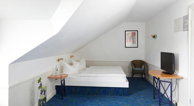 Hotel Residenz - Heringsdorf - Bedroom