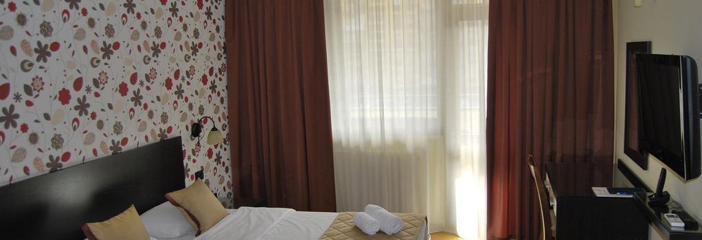 Hotel Novi Sad - Novi Sad - Bedroom
