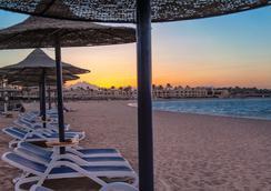 Cleopatra Luxury Resort - Makadi Bay - Hurghada - Beach