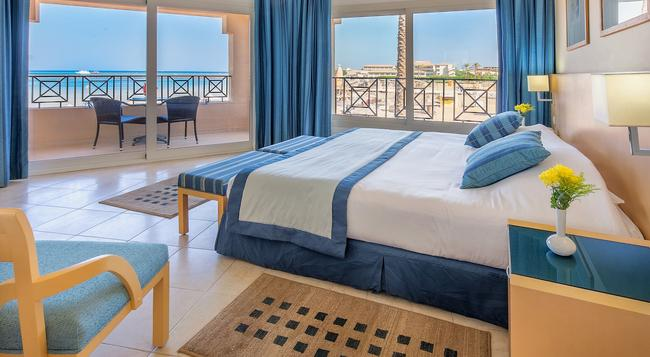 Cleopatra Luxury Resort Makadi Bay - Hurghada - Bedroom