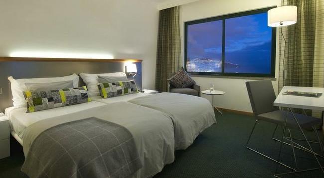 Madeira Panoramico Hotel - Funchal - Bedroom