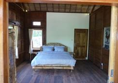 Magic Valley Guest House - Kuta (Lombok) - Bedroom