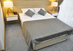 Özyigit Otel - Gazipaşa - Bedroom