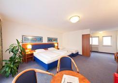 Novum Hotel Boulevard Stuttgart City - Stuttgart - Bedroom