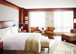 Four Seasons Hotel Mumbai - Mumbai - Bedroom
