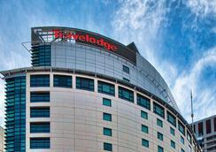 Travelodge Hotel Sydney - Sydney - Building