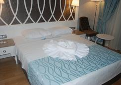 Ocean Blue High Class Hotel - Fethiye - Bedroom