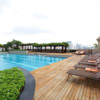 Pathumwan Princess Hotel Pool