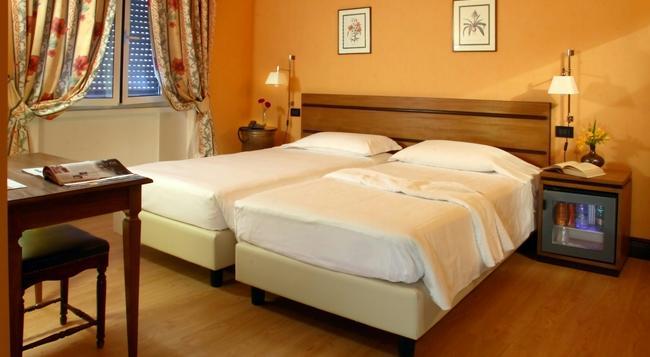 Relais 6 Via Tolmino - Rome - Bedroom