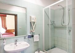 Hotel Marsala - Rome - Bathroom