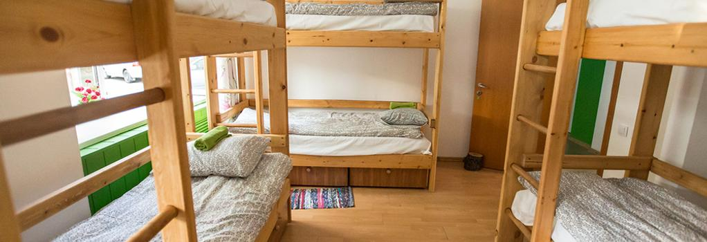 Green Hostel - Rostov on Don - Bedroom