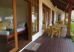 El Nido Cove Resort - El Nido - Attractions