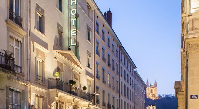 Hôtel des Artistes - Lyon - Building