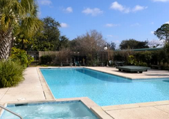 Brent House Hotel - New Orleans - Pool