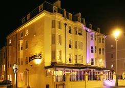Legends Hotel Brighton - Brighton - Outdoor view
