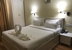 Daffodils Spice Court - Kochi - Bedroom