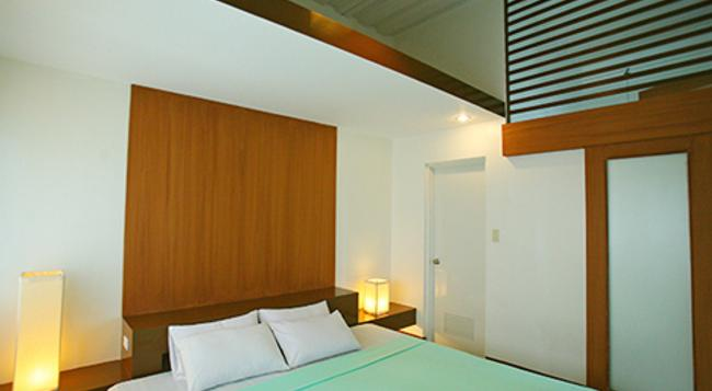 24 H Apartment Hotel - Makati - Bedroom
