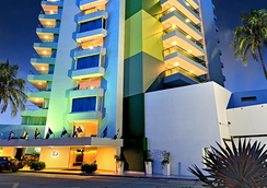 Hotel Dann Cartagena - Cartagena - Building
