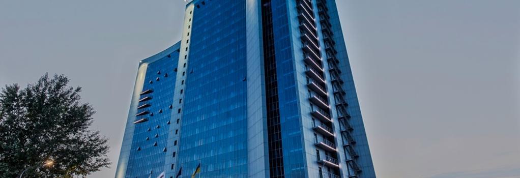 Ramada Encore Kiev - Kiev - Building