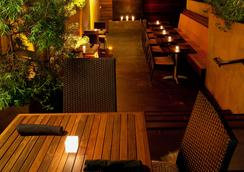 Sirtaj - Beverly Hills - Lounge