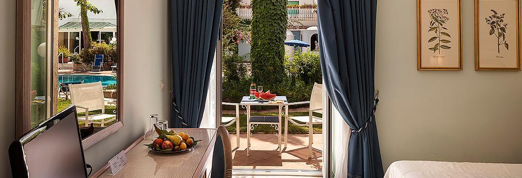 Hotel Continental Ischia - Ischia - Bedroom